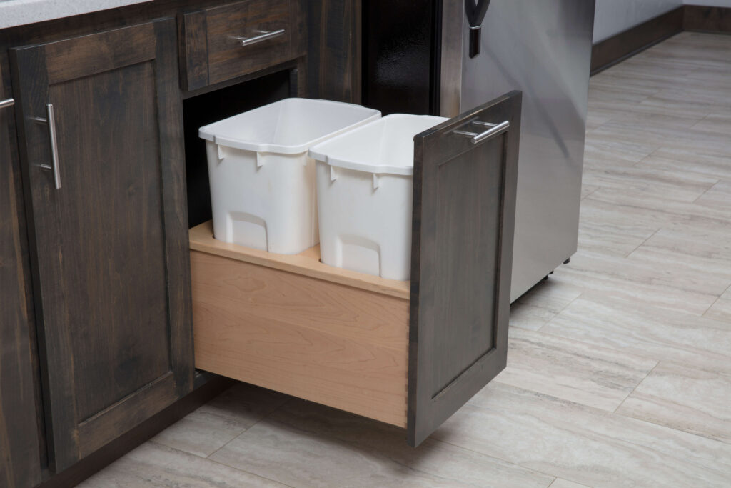 Trash Can Pull out in Kitchen Cabinets